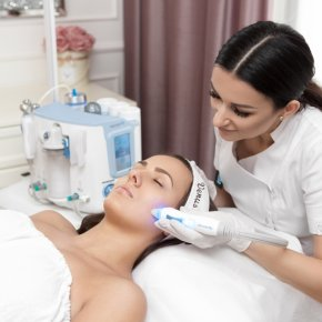 Oczyszczanie wodorowe - Salon kosmetyczny VENUS