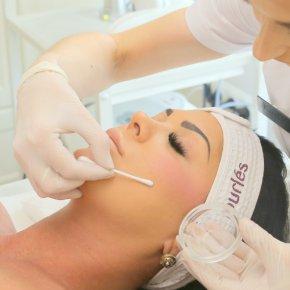 Salon kosmetyczny VENUS - Peeling medyczny PH FORMUŁA ®